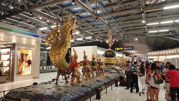 Таиланд Бангкок, аэропорт Suvarnabhumi