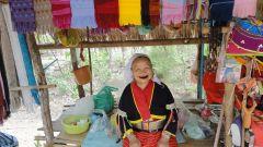 Бабушка из племени длинношеих, Таиланд