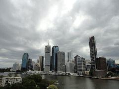 1 Брисбен город в непогоду.jpg
