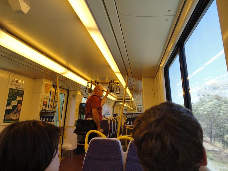 Gold Coast поезд.jpg