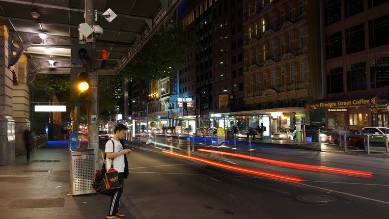 Melbourne By night 5
