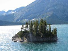Иммиграция в Канаду, Upper Lake, Kananaskis Country, Alberta, Canada 2