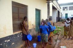 1 сентября, школьники и школьницы Республики Конго, Африка