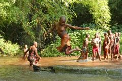 1 сентября, школьники и школьницы Республики Конго, Африка 5