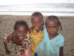 1 сентября, школьники и школьницы Союза Коморских Островов, Африка 6