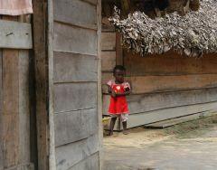 1 сентября, школьники и школьницы в Суринам, Южная Америка 8