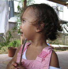 1 сентября, школьники и школьницы в Суринам, Южная Америка 2