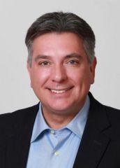 Чарльз Соуза, министр иммиграции Онтарио