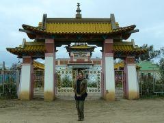 Я на фоне хурула в Цаган Амане