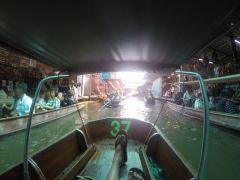 Тай. плавучий рынок