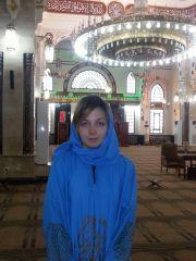 внутри мечети Эль Мина в Хургаде в хиджабе