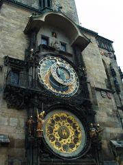 Знаменитые часы на Староместской площади