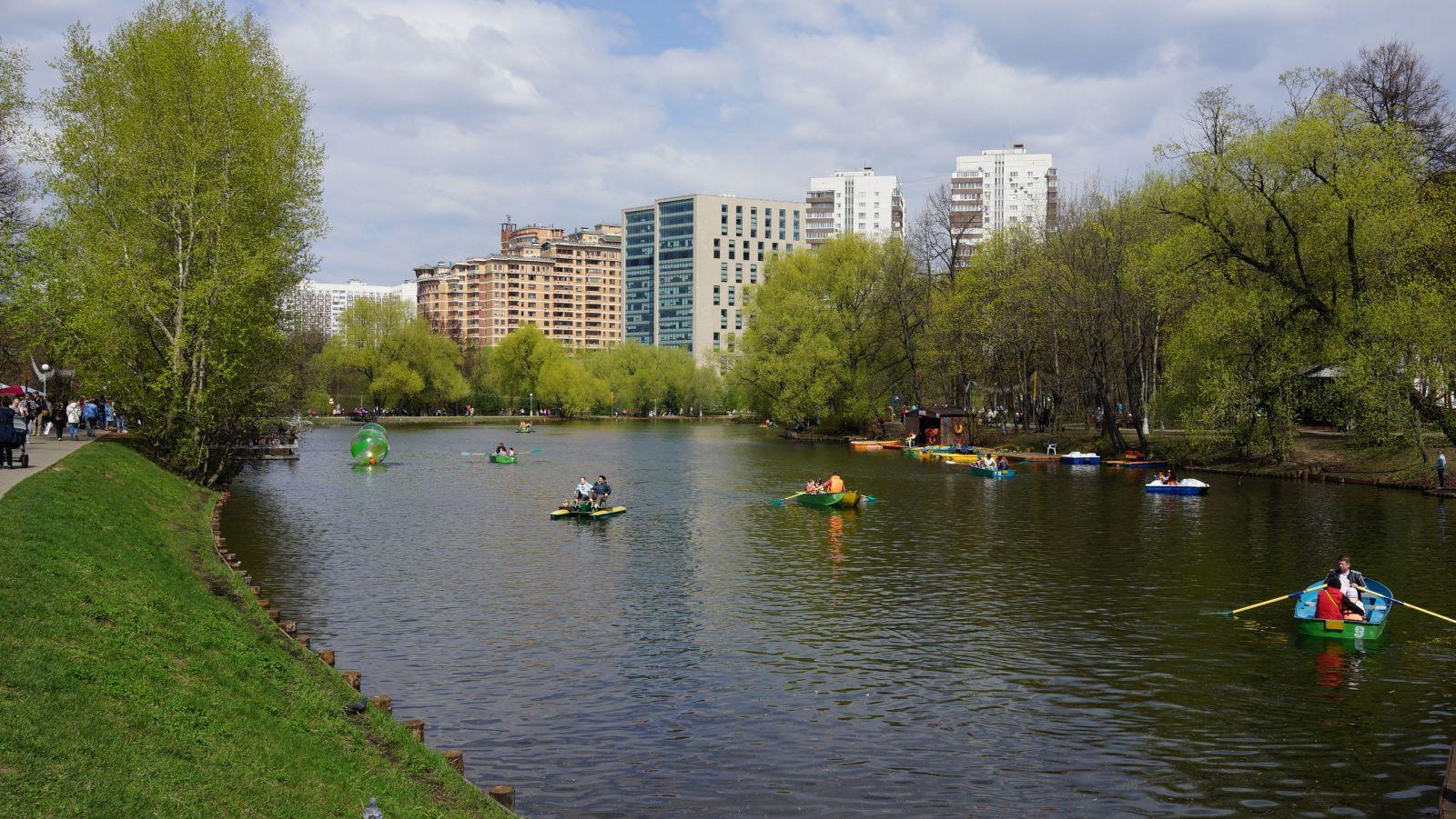 Картинки по запросу Воронцовские пруды