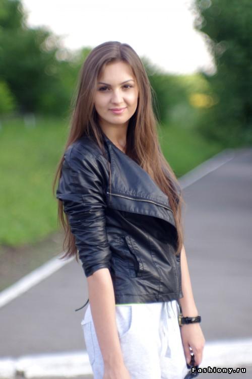 Работа для 18 летних девушек мод на работу модели в симс 4