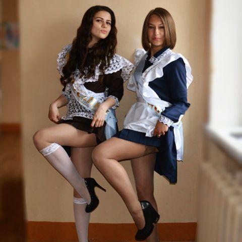 русские выпускницы чулки фото