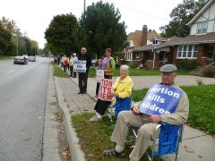 Росперсонал отзывы, London, Ontario, Canada, акция протеста Canada doesn't have A Law against abortion Up To 9 months