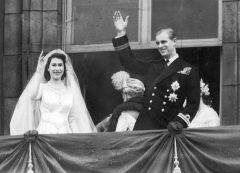 Елизавета II и её муж Филипп