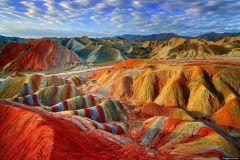 Скальные ландшафты Данься (Danxia), Китай