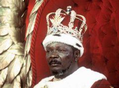 19 опасных для человека существ   Жан Бидель Бокасса. Бывший президент Центральной Африканской Республики. Повара Бокасса виртуозно готовили человечину.