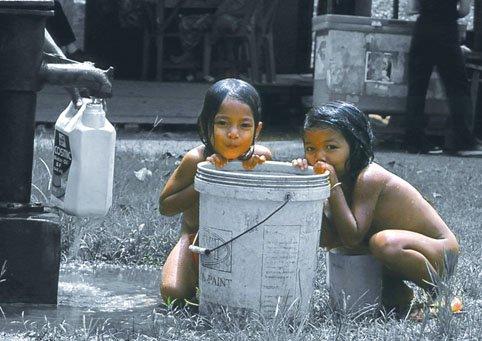 large.58c214a4cf373_AluthAvurudda(Sinhal