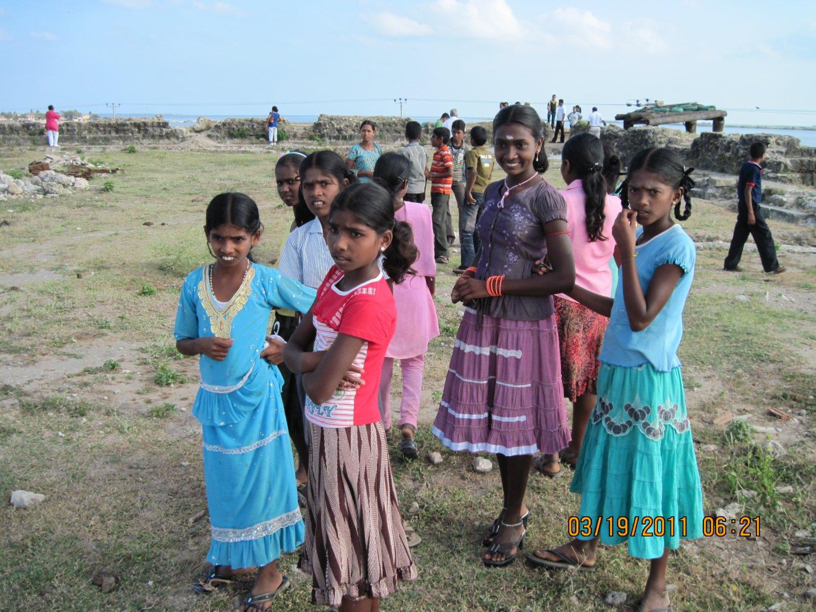 large.58c214ae3de0b_AluthAvurudda(Sinhal
