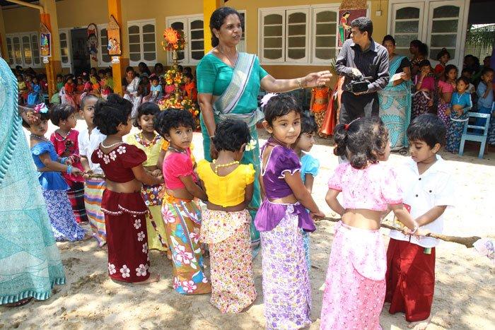 large.58c214b68c922_AluthAvurudda(Sinhal