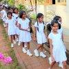Aluth Avurudda (Sinhalese New Year) Новый год в Sri Lanka, школьницы