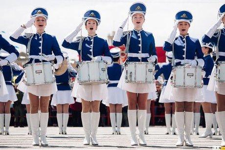 Росперсонал отзывы - 9 мая в Иркутске женские полки отмечают День Победы
