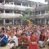 Bengali New Year, традиционный бенгальский праздник Нового года в Бангладеш, школьники буддизма.jpg