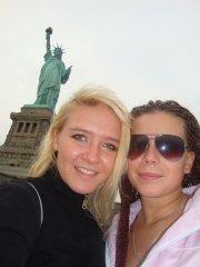 поездка в Нью Йорк к статуе свободы.