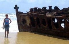 Остров Фрейзера, брошенное судно