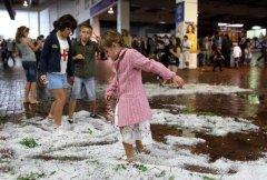 Hail Storm hits Melbourne