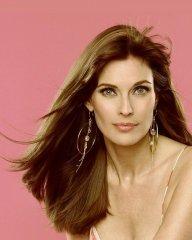 11. 20 самых красивых женщин мира по версии Google. Американской актрисе Кэрол Олт уже 53 года..jpg