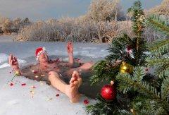 Россия. Приколы Новой года 2018. Санта XXI века..jpg