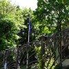 Чугунная изгородь и флаг Австралии, Посольство Австралии, Москва, Кропоткинский переулок, 13с1, 23.07.2017 г.JPG