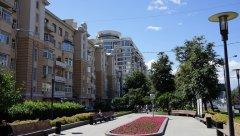 Садовое кольцо, ул. Новый Арбат, сквер вдоль домов 23, 25, 27, Москва 23.07.2017 г..JPG
