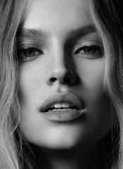 Что можно назвать символом женской красоты - губки или, прошу прощения, рот? 72.JPEG