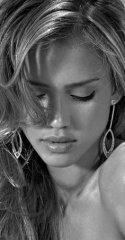 Что можно назвать символом женской красоты - губки или, прошу прощения, рот? 71.JPEG