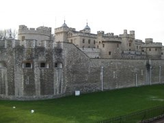 the first prisoner was imprisoned in the Tower of London in 1190 2.jpg