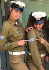 Что может считаться символом женской красоты - знойная прелесть евреек militaries? 21.jpeg