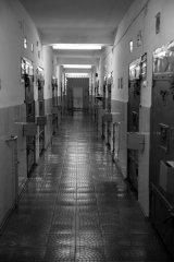 Существа, непригодные для перевоспитания. Тюрьма Полярная Сова 3.jpg