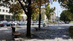 Садовое кольцо, конец сквера вдоль Житной улицы, напротив Калужской площади, Москва 24.08.2018 г..JPG