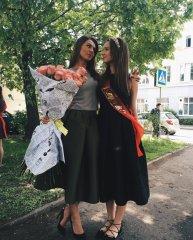 Выпускницы и выпускники 2019 8.JPG