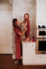 Что может считаться символом женской красоты? - да просто Дочки-матери!36.JPG