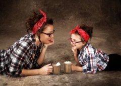 Что может считаться символом женской красоты? - да просто Дочки-матери!11JPG.JPG