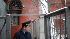 Замглавы Бутырки забил до смерти молотком несовершеннолетнюю падчерицу и супругу в квартире на улице Чертановская.jpg