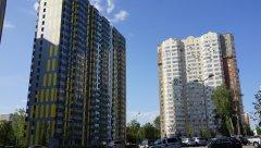 Двор проспекта Вернадского, новые жилые дома 54 и 60, Москва, 25.08.2019 г.JPG