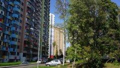 Двор проспекта Вернадского, новые жилые дома - у дома 52, Москва, 25.08.2019 г.JPG