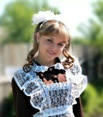 Young Russian girls, high school gradiaters 211.JPG