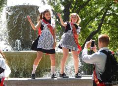 Young Russian girls, high school gradiaters 169.PNG